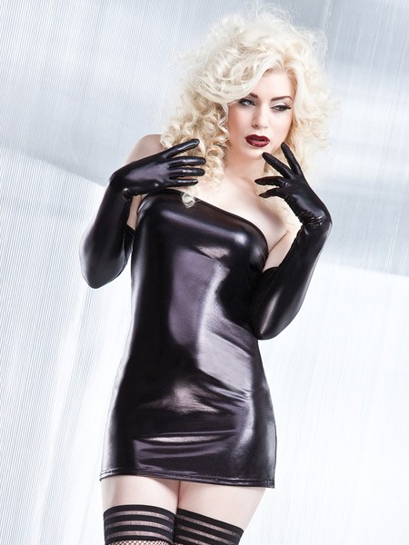 Coquette: Wetlook-Tubekleid, schwarz